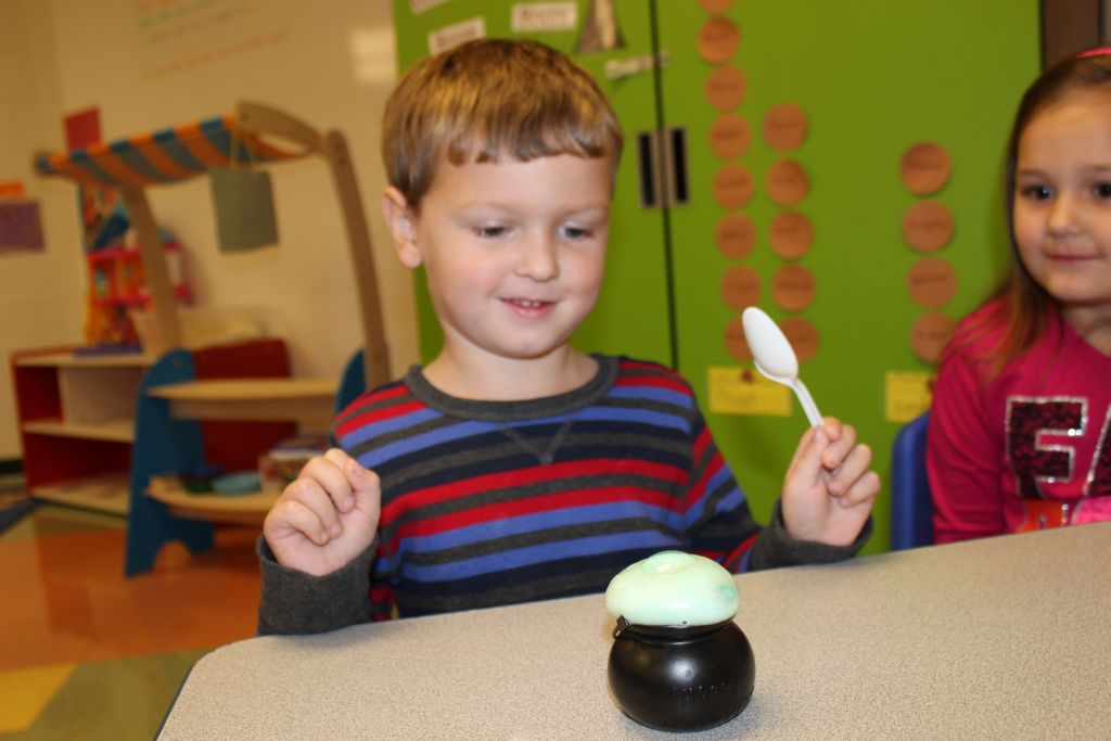 McNinch Primary Pre-K Conducts Experiments