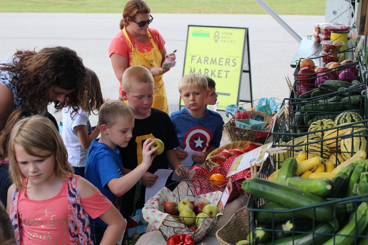 Farmer's Market Comes to McNinch Primary School